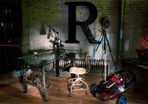 Industrial and vintage furnishes